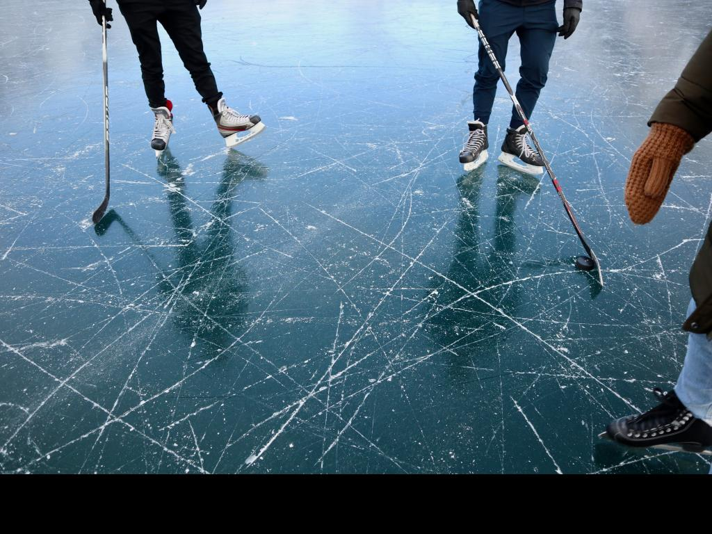 Learn to ice skating!